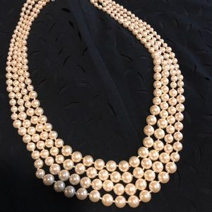 GLAM 4 Strand Pearl Necklace